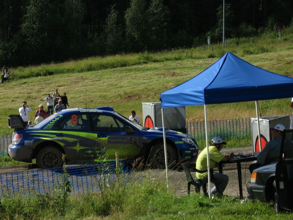 1280px-2007_Rally_Finland_shakedown_33